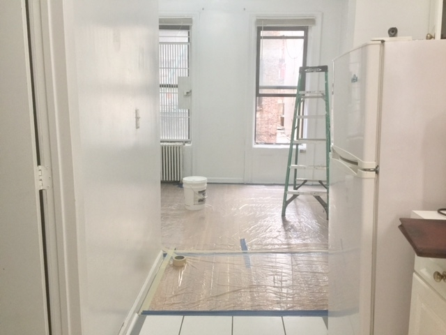 1BR at 81st at 1st Avenue - Photo 1