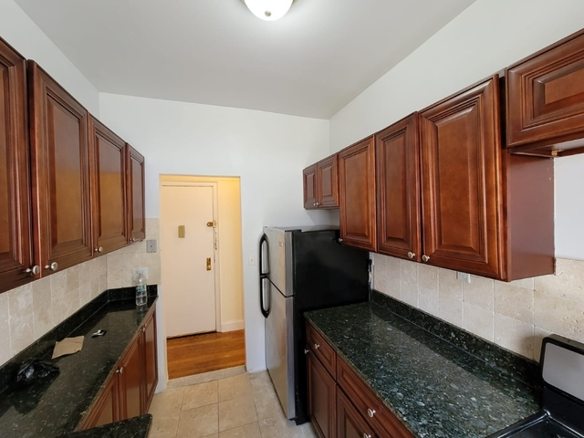 1 Bedroom, Rose Hill Rental in NYC for $2,925 - Photo 2