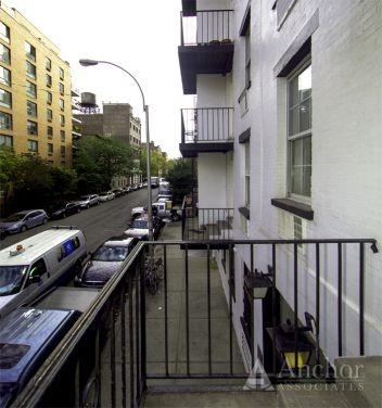 4 Bedrooms, Chelsea Rental in NYC for $7,800 - Photo 2