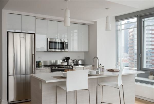 2 Bedrooms, Hell's Kitchen Rental in NYC for $5,705 - Photo 1