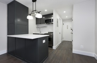 Studio, Gramercy Park Rental in NYC for $2,855 - Photo 2