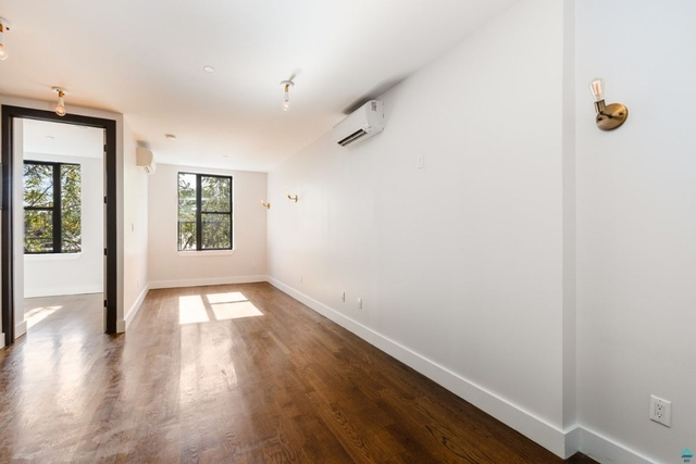 1 Bedroom, Crown Heights Rental in NYC for $2,700 - Photo 2
