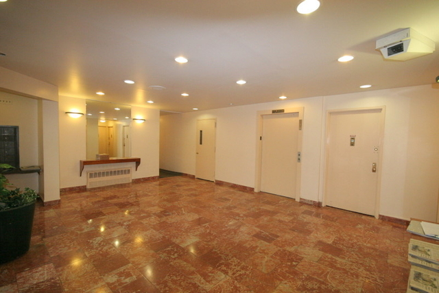 2 Bedrooms, Rose Hill Rental in NYC for $3,622 - Photo 1