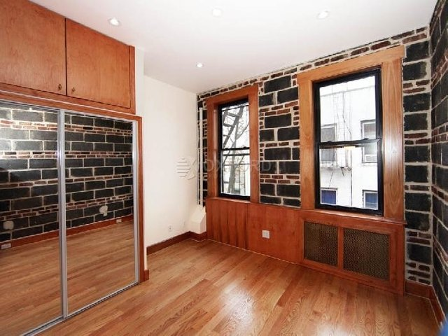 1 Bedroom, East Village Rental in NYC for $2,600 - Photo 2