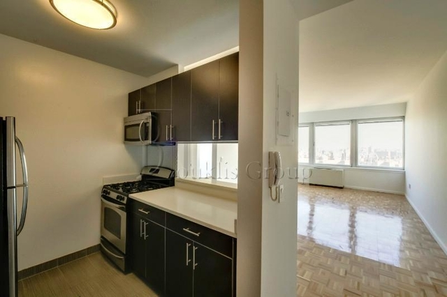 3 Bedrooms, Tribeca Rental in NYC for $3,850 - Photo 2