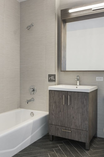 1 Bedroom, Yorkville Rental in NYC for $3,442 - Photo 2