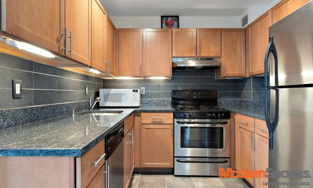 1 Bedroom, Sunnyside Rental in NYC for $2,600 - Photo 1