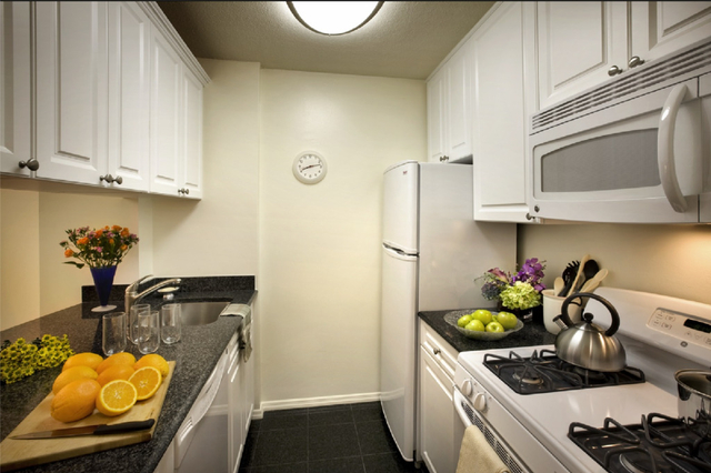 1 Bedroom, Rose Hill Rental in NYC for $3,705 - Photo 1