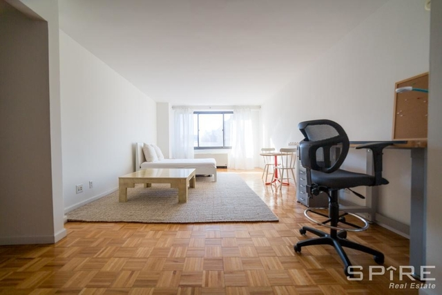at 40 west 135 street - Photo 1