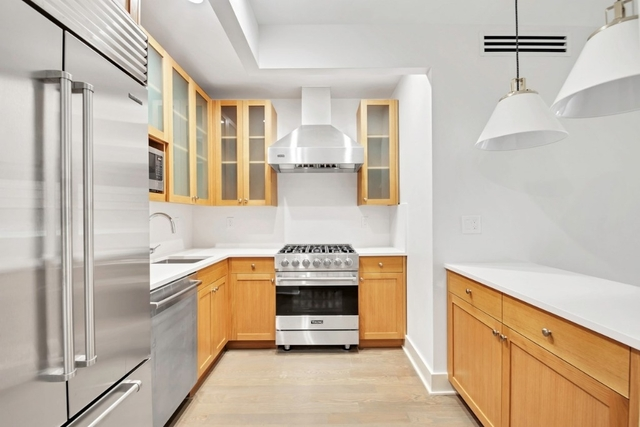 3 Bedrooms, Upper East Side Rental in NYC for $9,376 - Photo 2