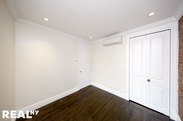 5 Bedrooms, East Village Rental in NYC for $7,495 - Photo 2