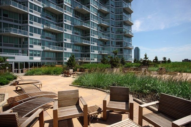 Studio, Hunters Point Rental in NYC for $2,235 - Photo 1