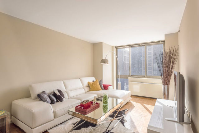 1 Bedroom, Chelsea Rental in NYC for $4,155 - Photo 1