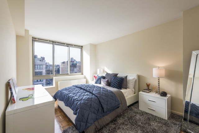 1 Bedroom, Chelsea Rental in NYC for $4,155 - Photo 2
