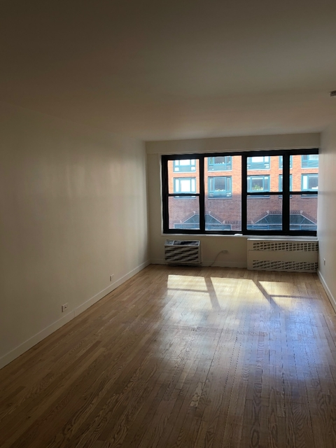 2 Bedrooms, Greenwich Village Rental in NYC for $7,000 - Photo 1