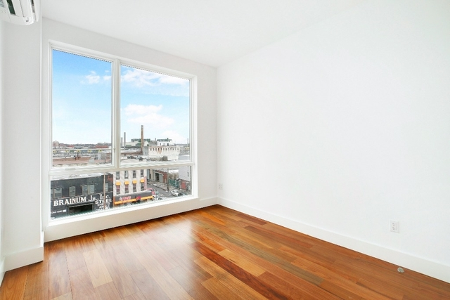 3 Bedrooms, Greenpoint Rental in NYC for $4,150 - Photo 2
