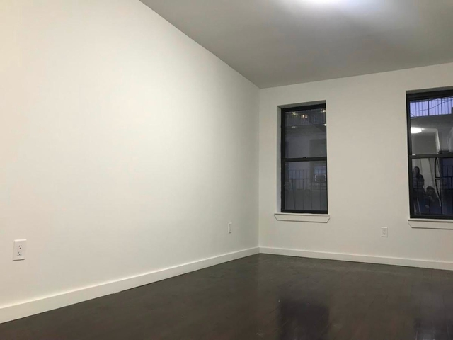 1 Bedroom, Carnegie Hill Rental in NYC for $2,200 - Photo 2