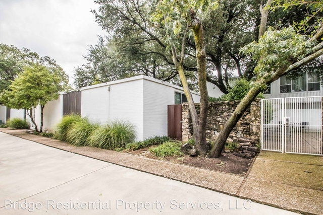 2 Bedrooms, Westridge Area Rental in Dallas for $2,500 - Photo 1