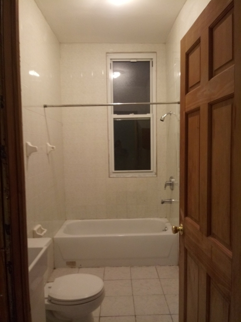 2 Bedrooms, Greenpoint Rental in NYC for $2,750 - Photo 2