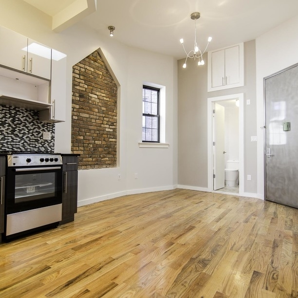 1 Bedroom, East Williamsburg Rental in NYC for $2,399 - Photo 1