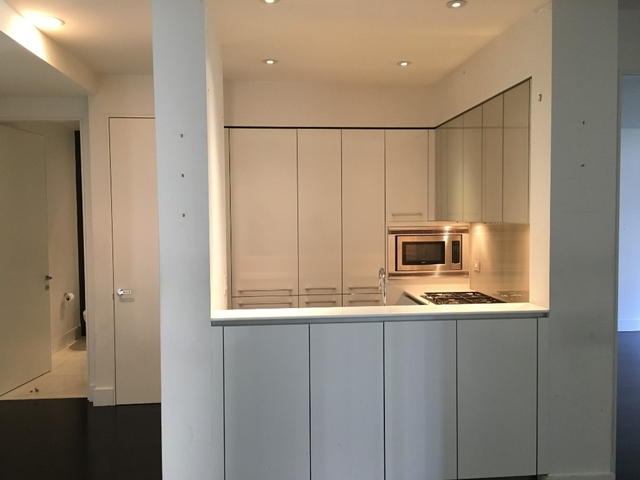 1 Bedroom, Financial District Rental in NYC for $4,390 - Photo 2