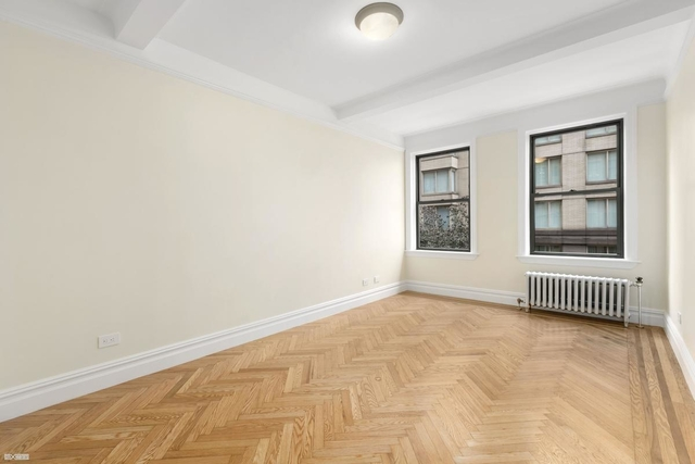 3 Bedrooms, Upper East Side Rental in NYC for $10,500 - Photo 2