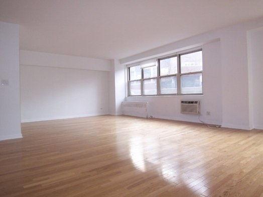3 Bedrooms, Stuyvesant Town - Peter Cooper Village Rental in NYC for $4,027 - Photo 2