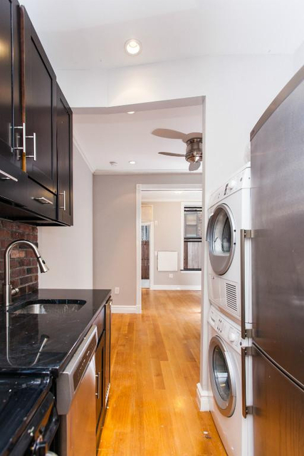 2 Bedrooms, Lower East Side Rental in NYC for $3,895 - Photo 2