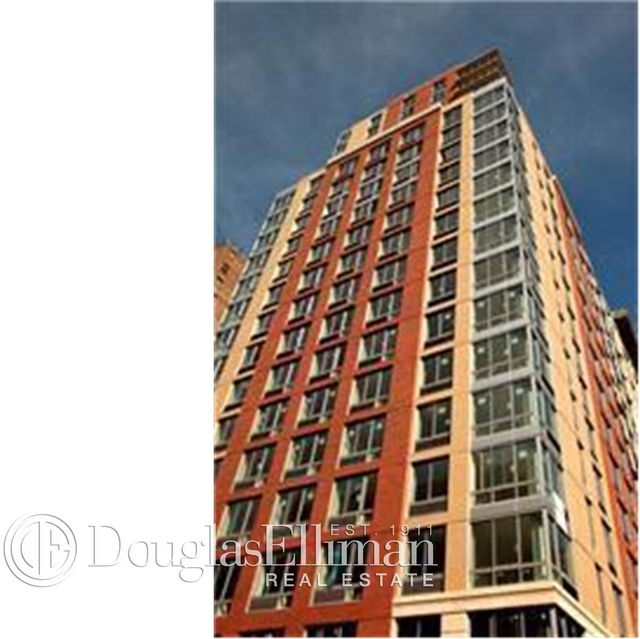 2 Bedrooms, Chelsea Rental in NYC for $4,129 - Photo 1