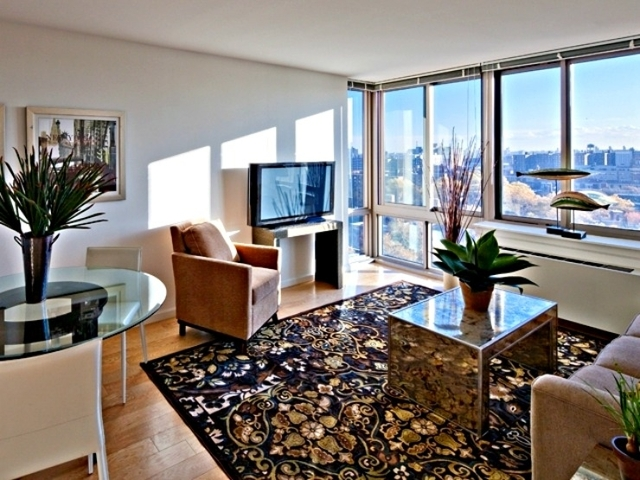 2 Bedrooms, Garment District Rental in NYC for $3,300 - Photo 1