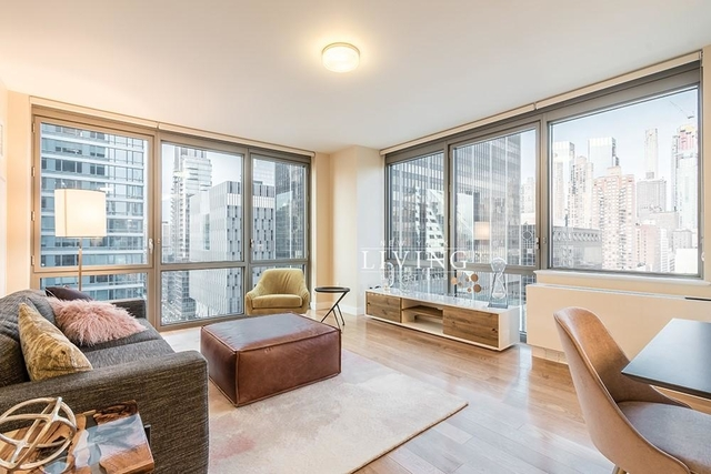 3 Bedrooms, Hell's Kitchen Rental in NYC for $7,295 - Photo 1