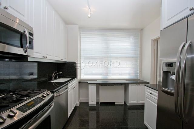 3 Bedrooms, Murray Hill Rental in NYC for $6,229 - Photo 1