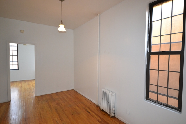 3BR at 598 Driggs Ave - Photo 1