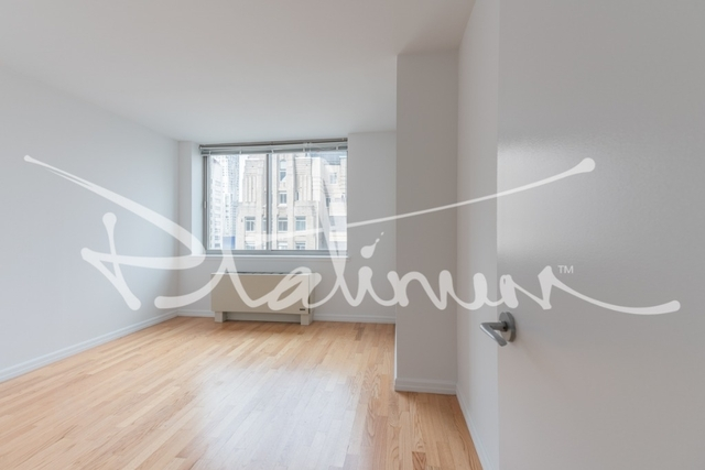 2 Bedrooms, Financial District Rental in NYC for $5,849 - Photo 2