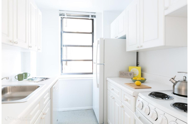 1 Bedroom, Chelsea Rental in NYC for $3,199 - Photo 2