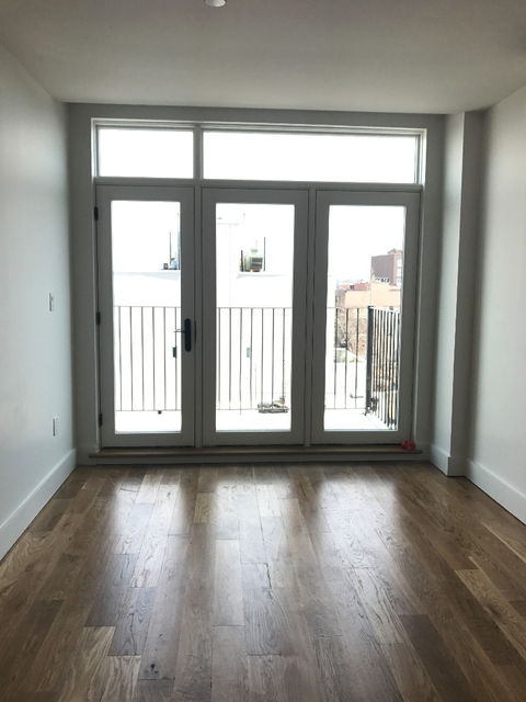 3 Bedrooms, East Williamsburg Rental in NYC for $4,025 - Photo 2
