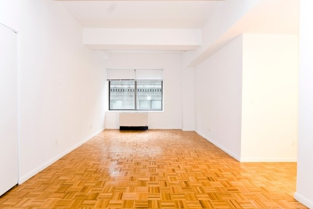 1 Bedroom, Financial District Rental in NYC for $3,296 - Photo 2