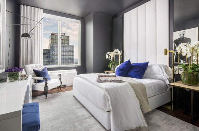 1 Bedroom, Hell's Kitchen Rental in NYC for $4,495 - Photo 2