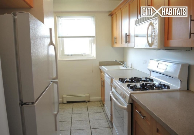 1 Bedroom, Yorkville Rental in NYC for $3,365 - Photo 2