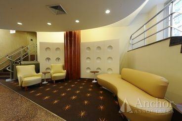 2 Bedrooms, Yorkville Rental in NYC for $5,375 - Photo 2