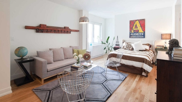 Studio, Williamsburg Rental in NYC for $2,475 - Photo 1