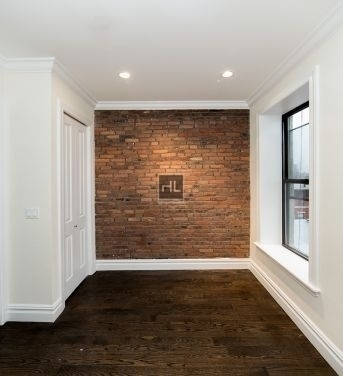 2 Bedrooms, East Village Rental in NYC for $4,108 - Photo 2