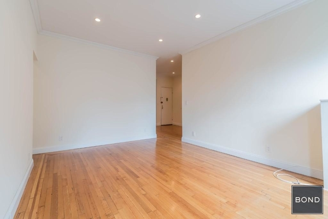 2 Bedrooms, Greenwich Village Rental in NYC for $5,590 - Photo 2