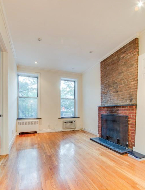 West Village Apartments For Rent Including No Fee Rentals RentHop Enchanting 3 Bedroom Apartments Nyc No Fee Ideas Property