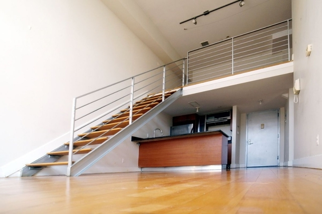 2 Bedrooms, East Williamsburg Rental in NYC for $2,920 - Photo 1