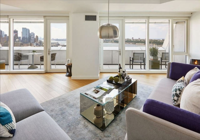 3 Bedrooms, Hell's Kitchen Rental in NYC for $13,000 - Photo 1