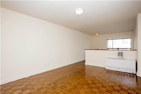 1 Bedroom, Rose Hill Rental in NYC for $3,775 - Photo 2