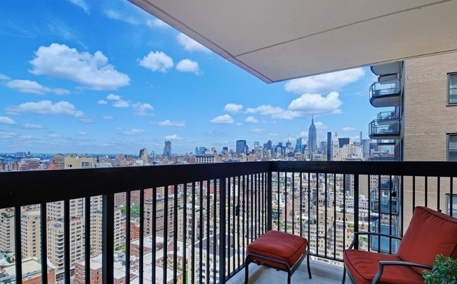 2 Bedrooms, SoHo Rental in NYC for $6,395 - Photo 2