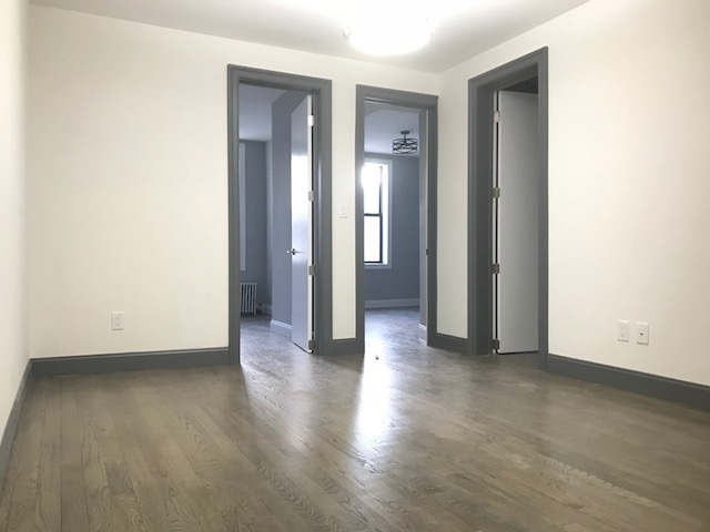 3 Bedrooms, Crown Heights Rental in NYC for $2,550 - Photo 2