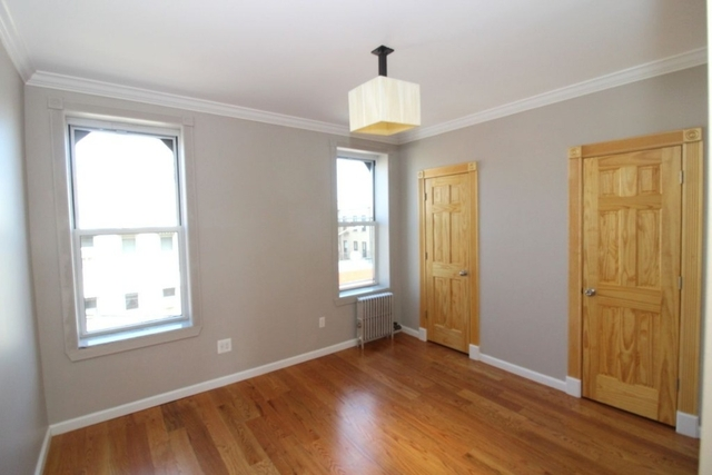 2 Bedrooms, Greenpoint Rental in NYC for $2,779 - Photo 1